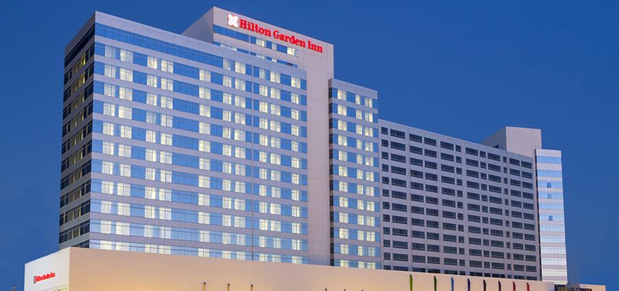 Fachada exterior del hotel Hilton Garden INN Tánger