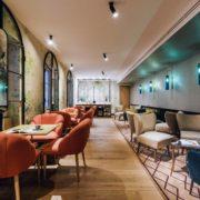 Salón cafetería del hotel